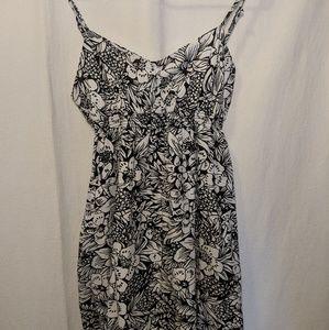 Aeropostale Dresses - Aeropostale Black & White Floral Maxi Dress